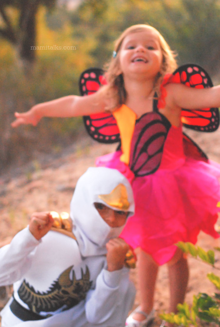 WHITE NINJA COSTUME AND BUTTERFLY COSTUME. MamiTalks.com