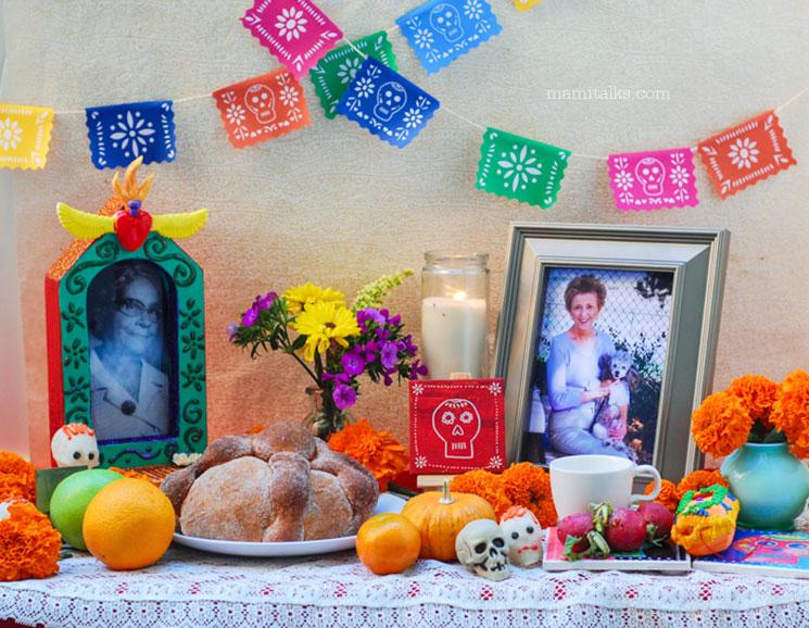 Día de los Muertos Altar -MamiTalks.com