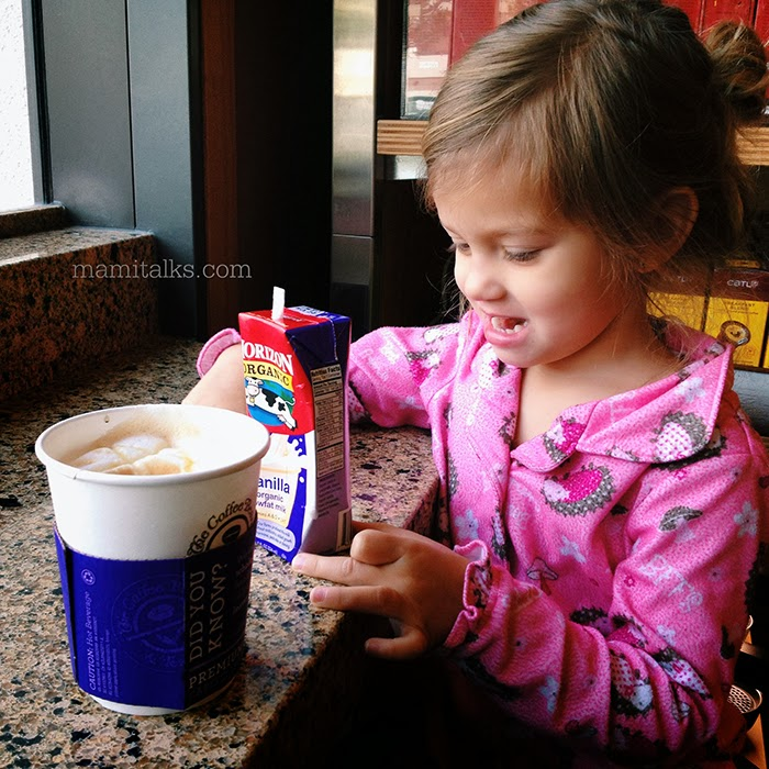 At_the_coffee_shop_mamitalks