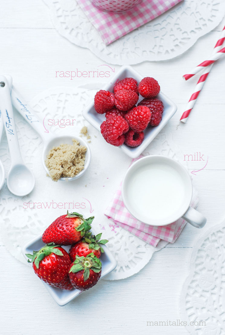 How to make a milk strawberry smoothie -MamiTalks.com