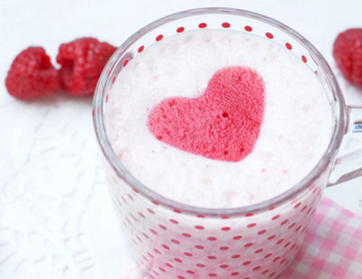 Rasberry and strawberry valentine's drink -MamiTalks.com