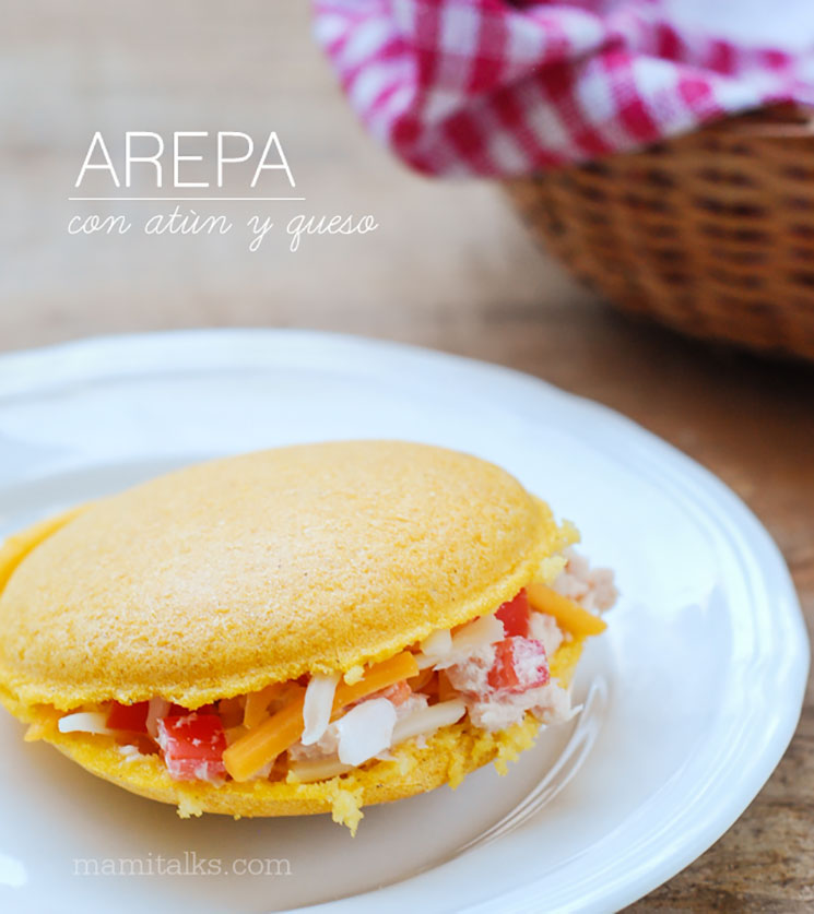 Arepa con atún y queso -MamiTalks.com
