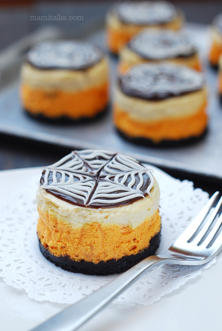 Cómo hacer Halloween Mini Cheesecakes para Halloween -MamiTalks.com