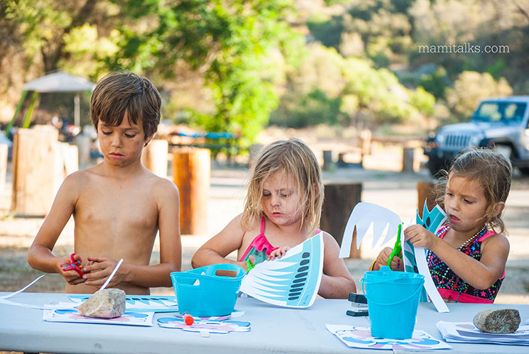 Crafts while camping -MamiTalks.com