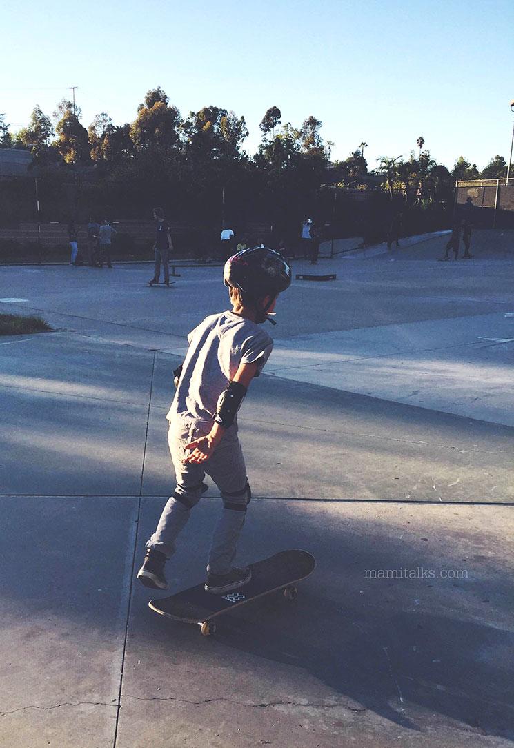 Aprendiendo con la patineta -MamiTalks.com