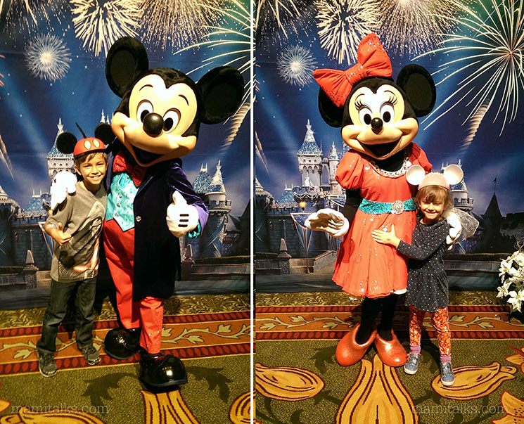 Once Upon a Time at Disneyland, Mickey and Minnie with kids. -MamiTails.com