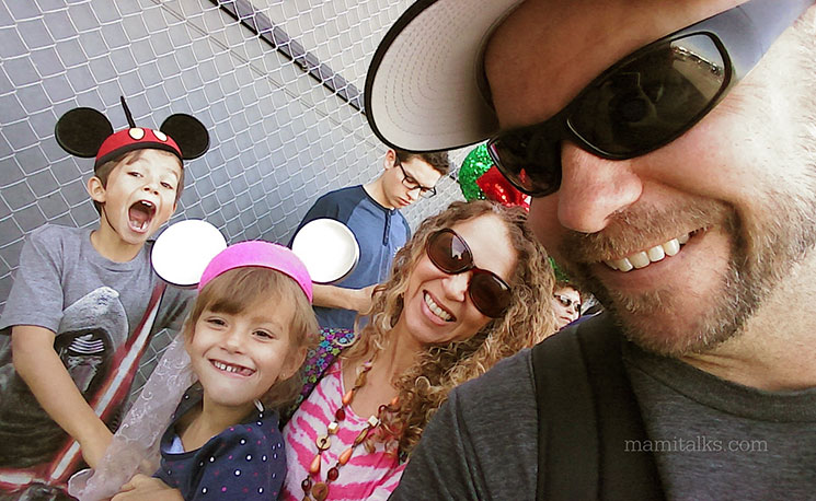 One upon a Time at Disneyland, see what happened with this family's adventure! -MamiTalks.com