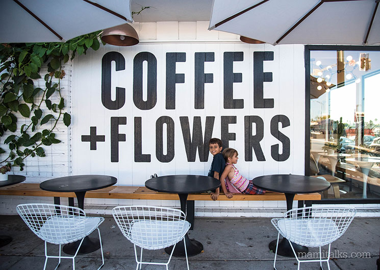 Coffee and flowers in San Diego -MamiTalks.com