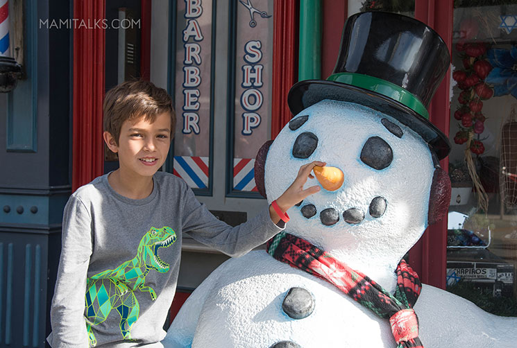 Christmas at Universal Studios Hollywood. -MamiTalks.com