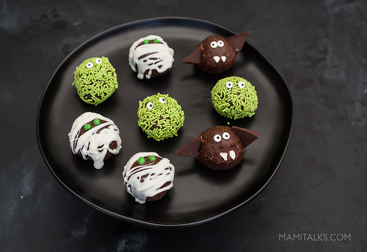 Monster energy balls for Halloween Monster Party