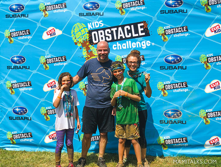 Kids obstacle challenge. All family photo after the race. mamitalks.com
