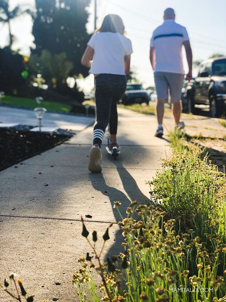 Caminatas familiares durante la cuarentena. -MamiTalks.com