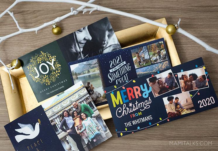 Christmas cards on a tray. -MamiTalks.com