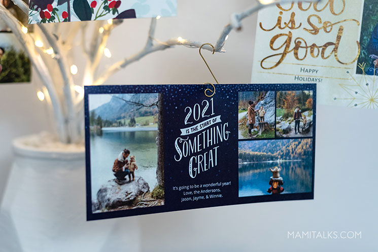 Christmas card Holidays 2020 welcoming 2021. -MamiTalks.com